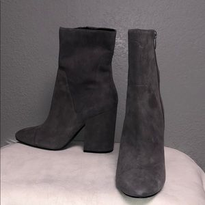 Grey suede comfy ankle boots 9.5